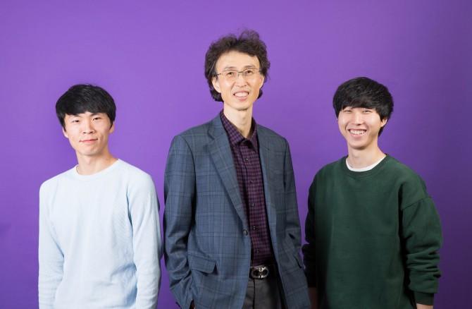 연구를 이끈 장재성 교수(가운데)와 홍성결 연구원(왼쪽)과 한창호 연구원(오른쪽) - UNIST 제공